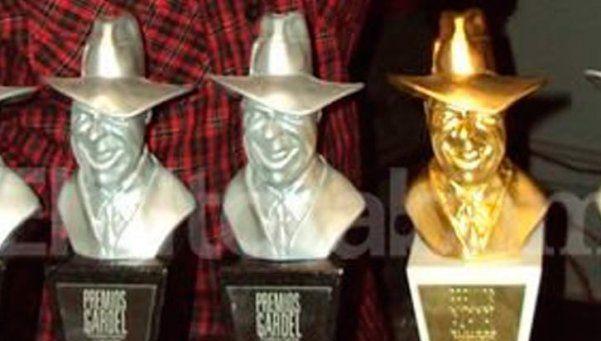 Se entregan premios Gardel a la música