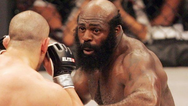 Falleció el peleador Kimbo Slice, ícono de las MMA y Bellator