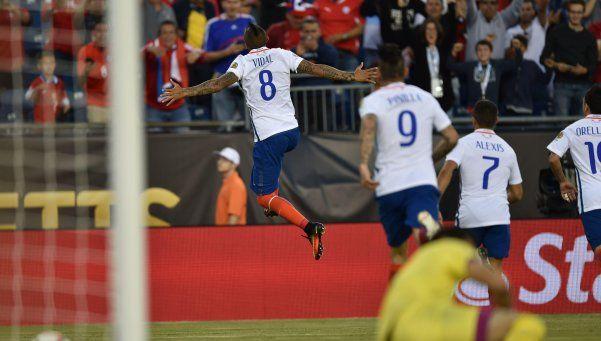 Con un penal en el minuto 99, Chile le ganó a Bolivia