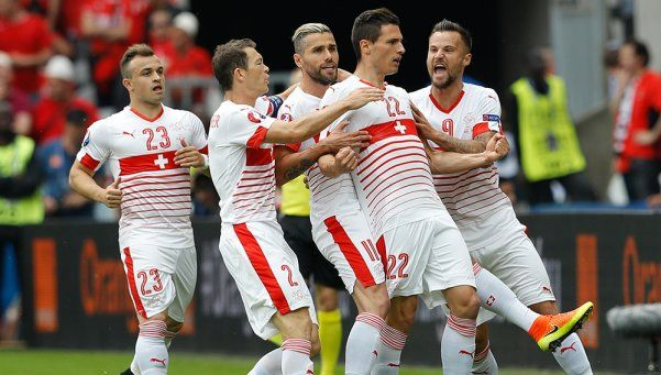 Suiza logró un empate ante Rumania que le permite soñar