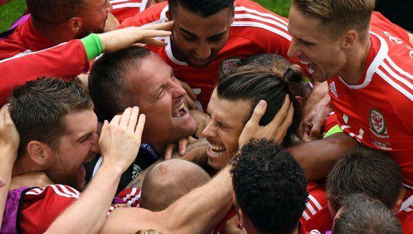 Gales ganó su primer partido de Eurocopa de toda la historia