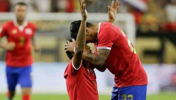 Pekerman puso suplentes, Colombia cayó con Costa Rica y se complicó