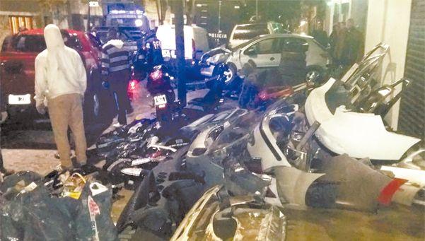 Secuestran autopartes y vehículos quemados