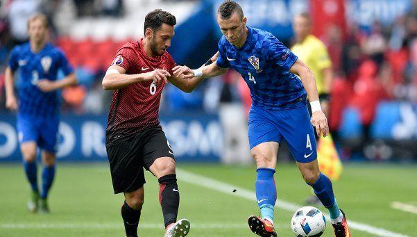 Con un golazo de Modric, Croacia venció a Turquía en el debut