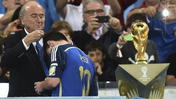 Blatter, del recuerdo de Grondona a la frase karma de Messi