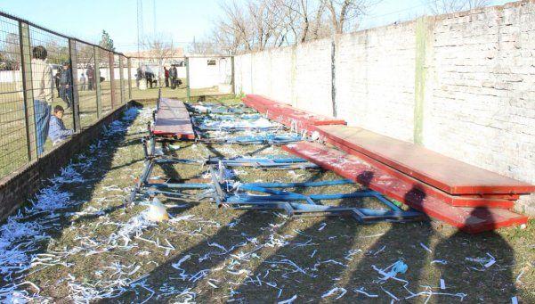 Se desmoronó una tribuna en Santa Fe y provocó veinte heridos