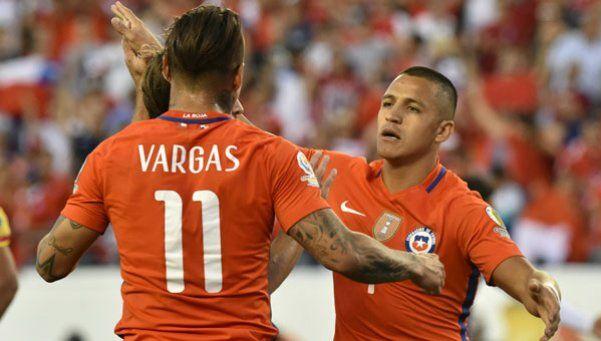 Chile venció a Panamá y sacó su pasaje a los cuartos de final