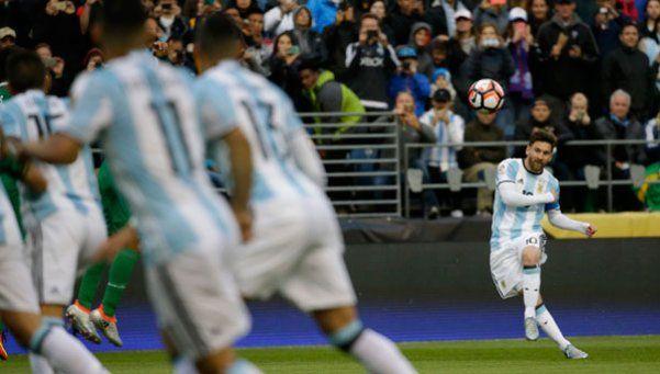 A Messi le alcanzó un tiempo para volver locos a todos