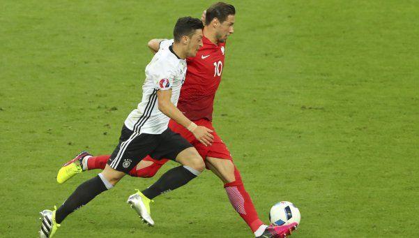 Alemania y Polonia se fueron conformes con el empate
