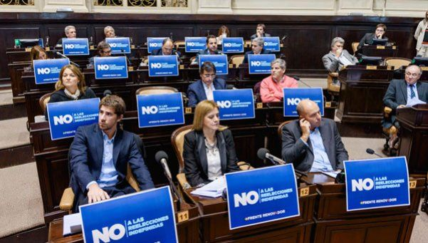 Media sanción al proyecto que limita las reelecciones