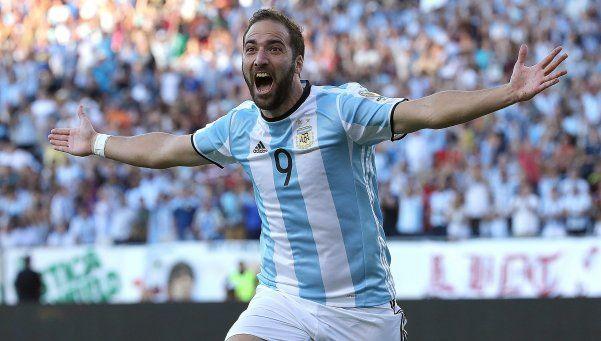 Higuaín dedicó sus goles a los que me bancaron siempre