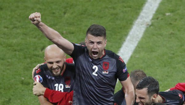 Albania eliminó a Rumania y sueña con los octavos de final