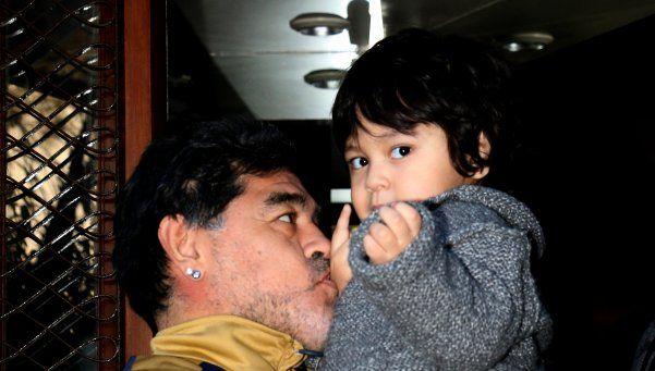 Maradona: con Dieguito sí, pero con Junior ni hablar