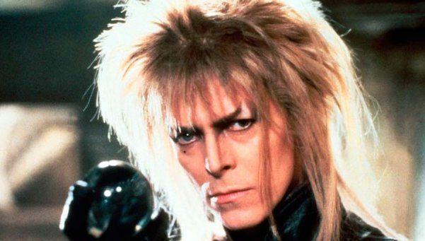 Subastan pelo del genial David Bowie