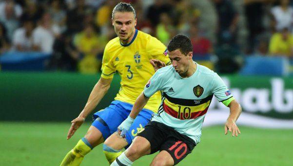 Bélgica clasificó a octavos y retiró de Suecia a Zlatan