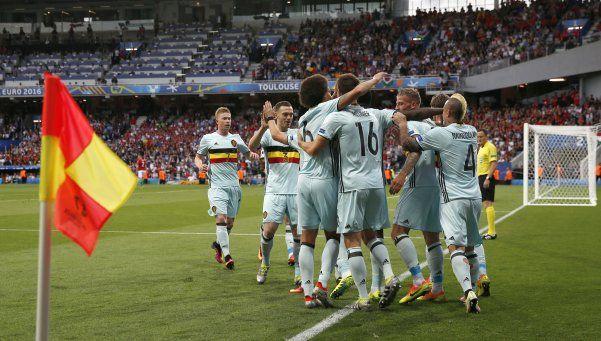 Bélgica aplastó a Hungría y se metió en cuartos de final
