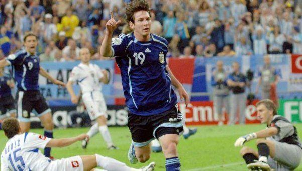Batió el récord de goles y se fue: las 5 postales felices de Messi en la Selección