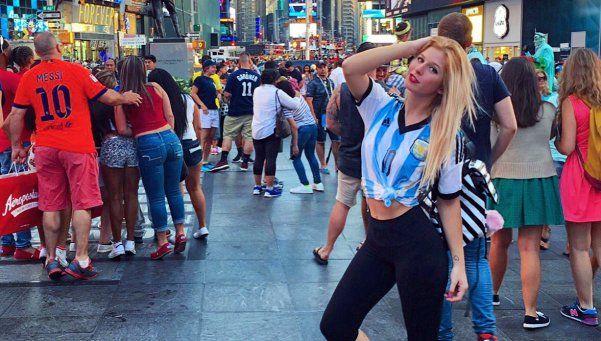"""Romina Malaspina es una """"Rubia de Nueva York"""""""