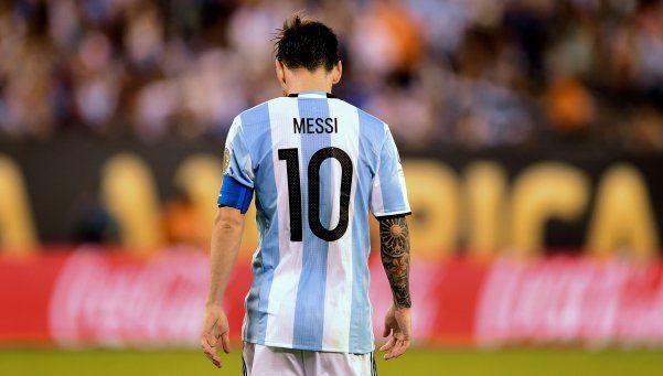 El primer objetivo de Bauza es convencer a Messi para que vuelva