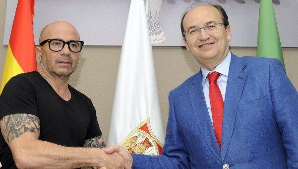 ¿Uno menos?  Sampaoli firmó para el Sevilla