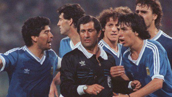 Cuando Diego también renunció a la Selección Argentina