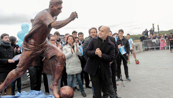Messi ya tiene su estatua en el Paseo de la Gloria