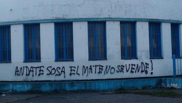 Argentino de Quilmes: se ratificó al nuevo DT, pese a la bronca de los hinchas