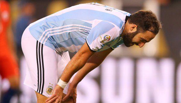 Juventus insiste por Higuaín y pagaría por él 94,7 millones de euros