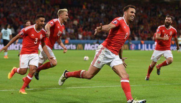 Gales hace historia en la Eurocopa y se mete en semifinales