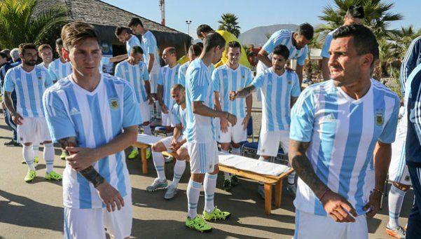 Tevez: La Selección sin Messi no es nada, él es el dueño