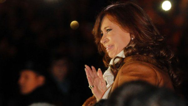 Cristina, vía Twitter, rechazó favorecer a Lázaro Báez