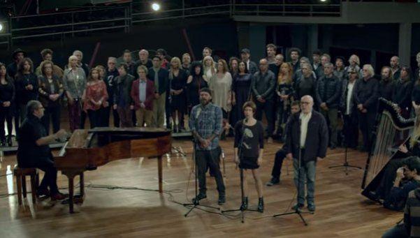 Video | Cientos de artistas homenajearon a las víctimas del atentado en AMIA