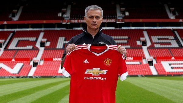 La genial respuesta de Mourinho en su presentación en Manchester