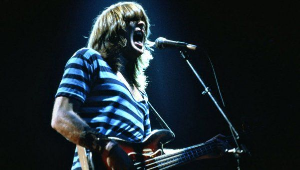 ¡Sólo queda Angus! Cliff Williams se retira de AC/DC