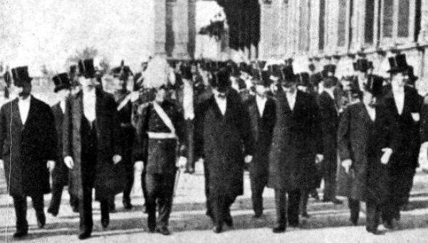 Así se festejaba la Independencia de España hace 100 años