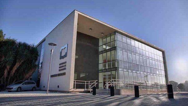 UNSAM aclaró la compra de los millonarios equipos de cine