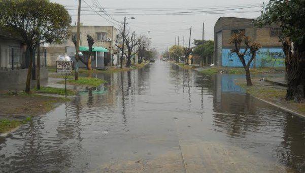 Las inundaciones también llegaron con aumento