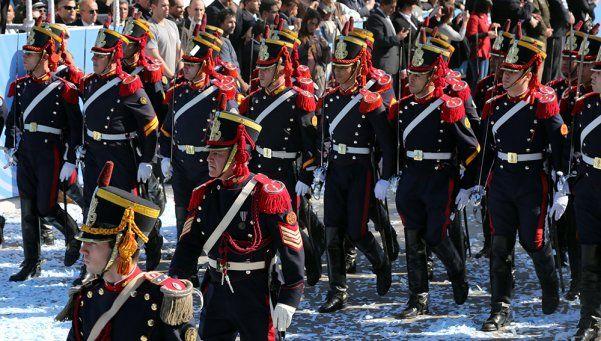 Los festejos por la Independencia cerraron con una ceremonia militar en Palermo