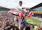 Hamilton hizo pesar la localía y quedó al acecho de Rosberg