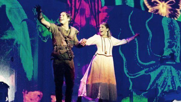 Peter Pan ya despliega sus sueños por calle Corrientes