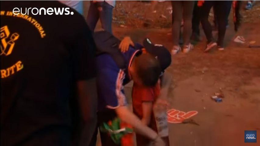 Viral   El abrazo del niño portugués y un francés desconsolado