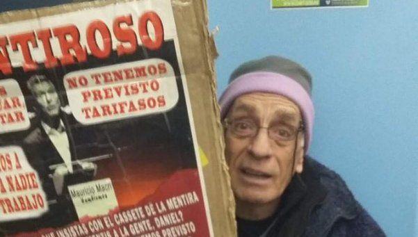 Video | Se quejó por los aumentos de Macri y casi termina preso