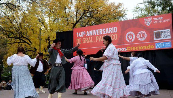 Festejos por los 140 años de Pacheco
