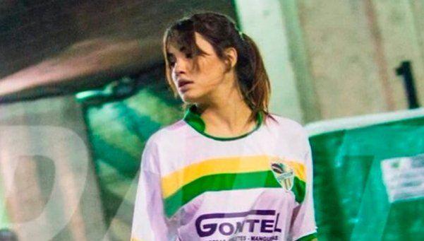 ¡Sale Higuaín, entra Espósito! Mirá a Lali jugando al fútbol
