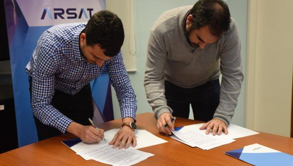 Arsat firmó un convenio para promover la transparencia