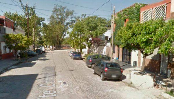 Avellaneda: vestidos de policías, los asaltaron y tomaron de rehenes