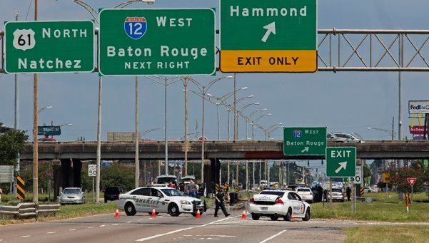 Tres policías muertos en un tiroteo en Luisiana