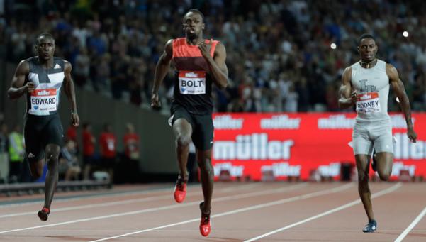Regresó al triunfo el hombre más rápido del mundo