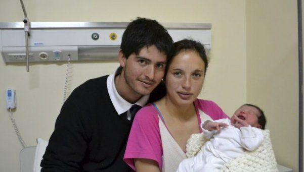 Una bebé nació a la vera de la ruta y su padre hizo de partero