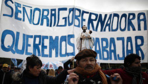 Barrios de Pie marchó hacia la Gobernación y acordó iniciar una mesa de diálogo